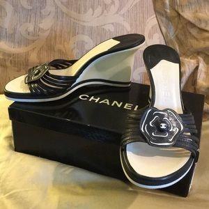 Chanel Camilla slide heel sandals 39